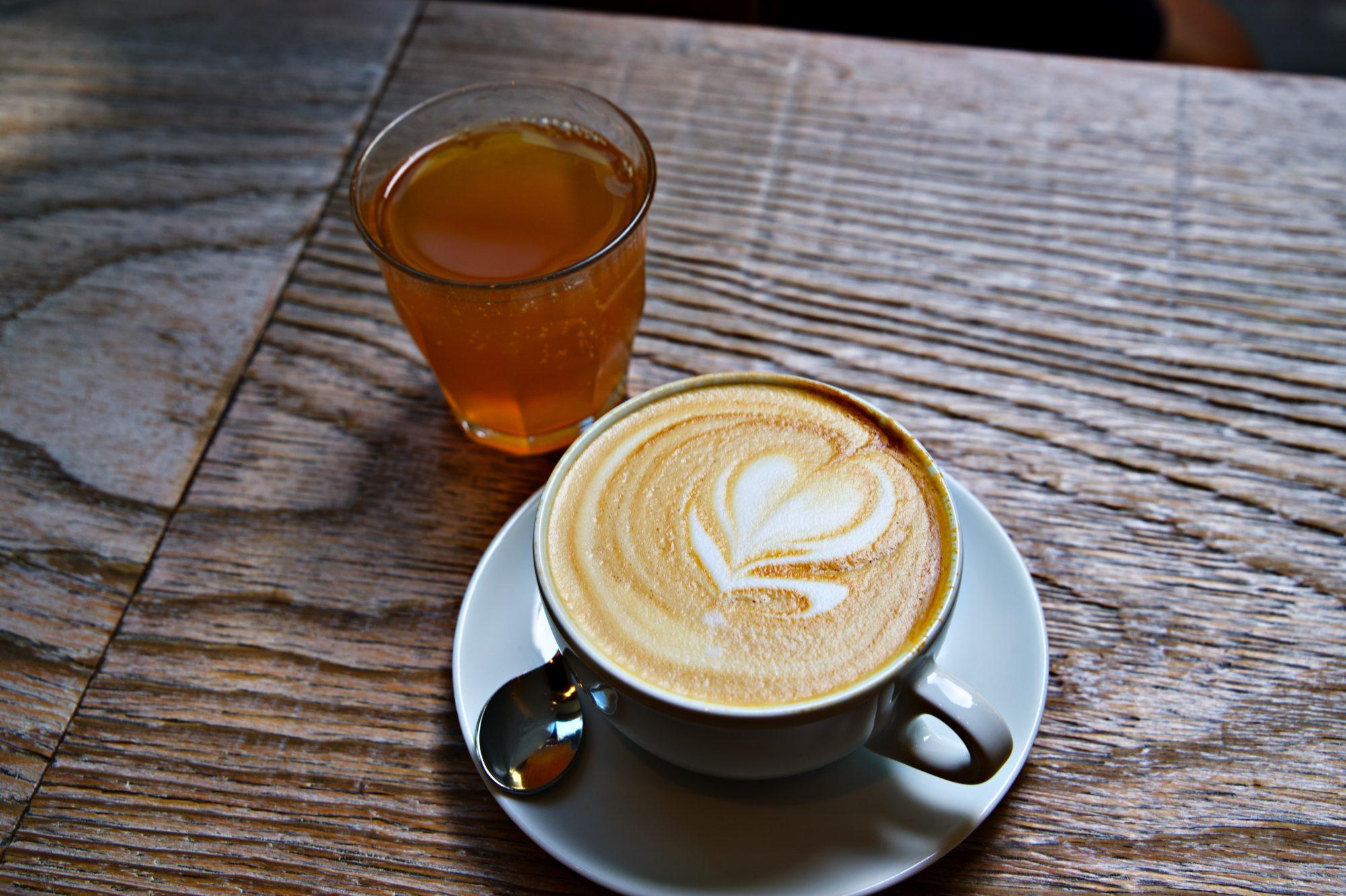 Kaffee und Eistee in Graz